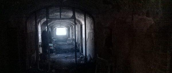Коридоры кончаются стенкой, а туннели выходят на свет.