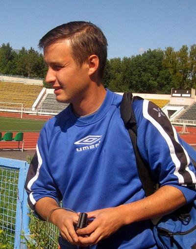 Правый полузащитник Руслан Бабиков
